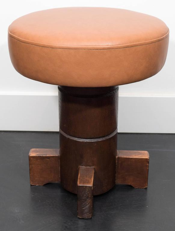 Vintage Mahogany Stools In Excellent Condition For Sale In New York, NY