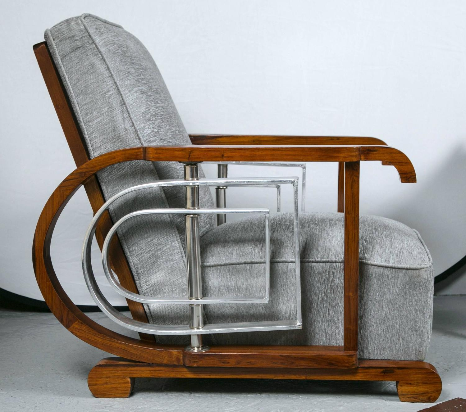 Pair Of Mid Century Modern Art Deco Style Lounge Theater Chairs For Sale At