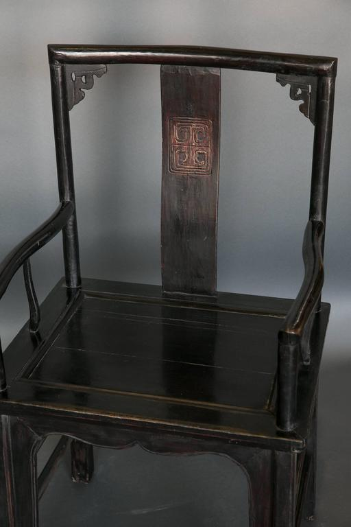 Antique Pair of Chinese Qing Dynasty Officials Chairs in Black Lacquer In Excellent Condition In Houston, TX