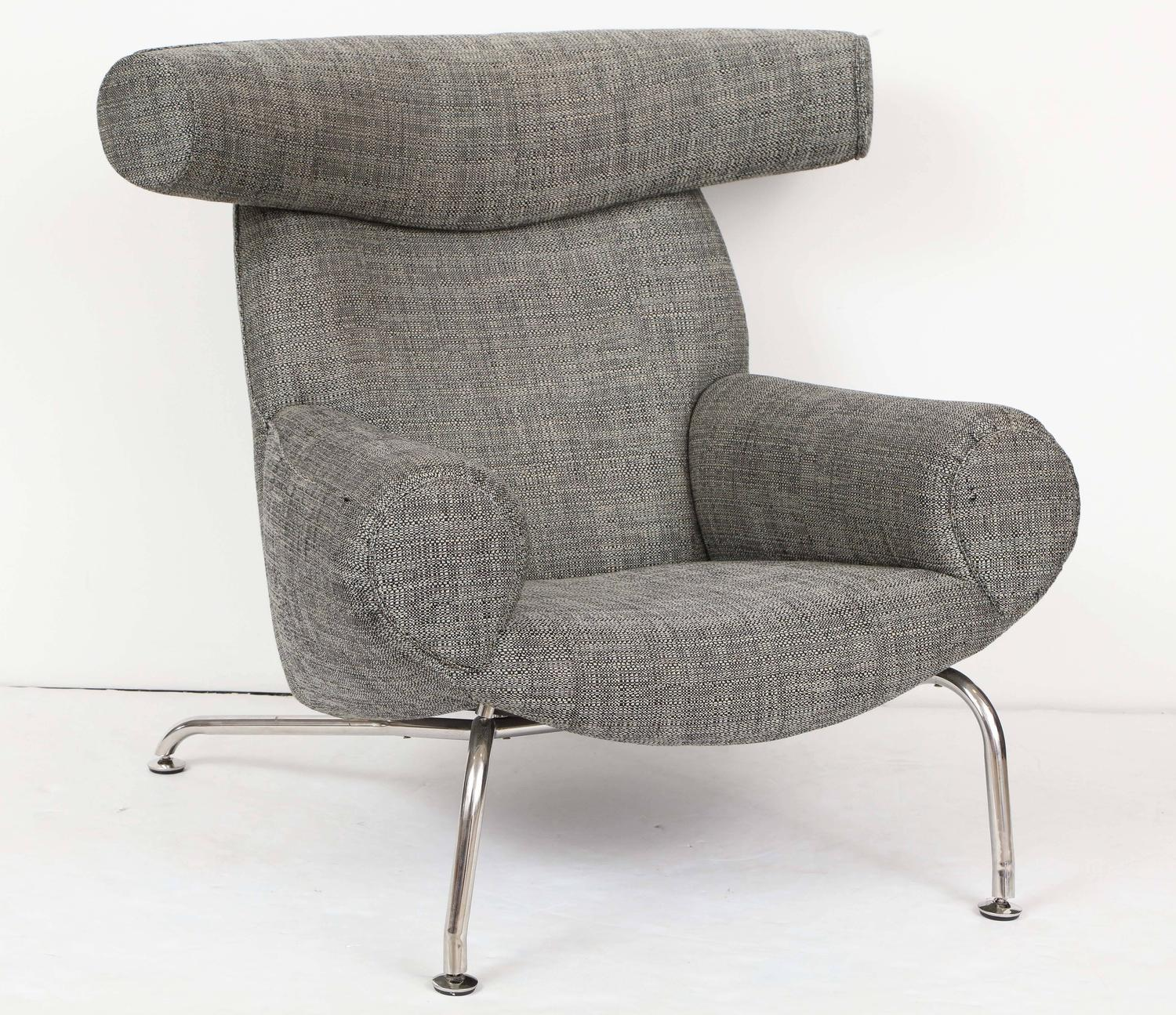 ox chair by hans wegner in romo fabric for sale at 1stdibs. Black Bedroom Furniture Sets. Home Design Ideas