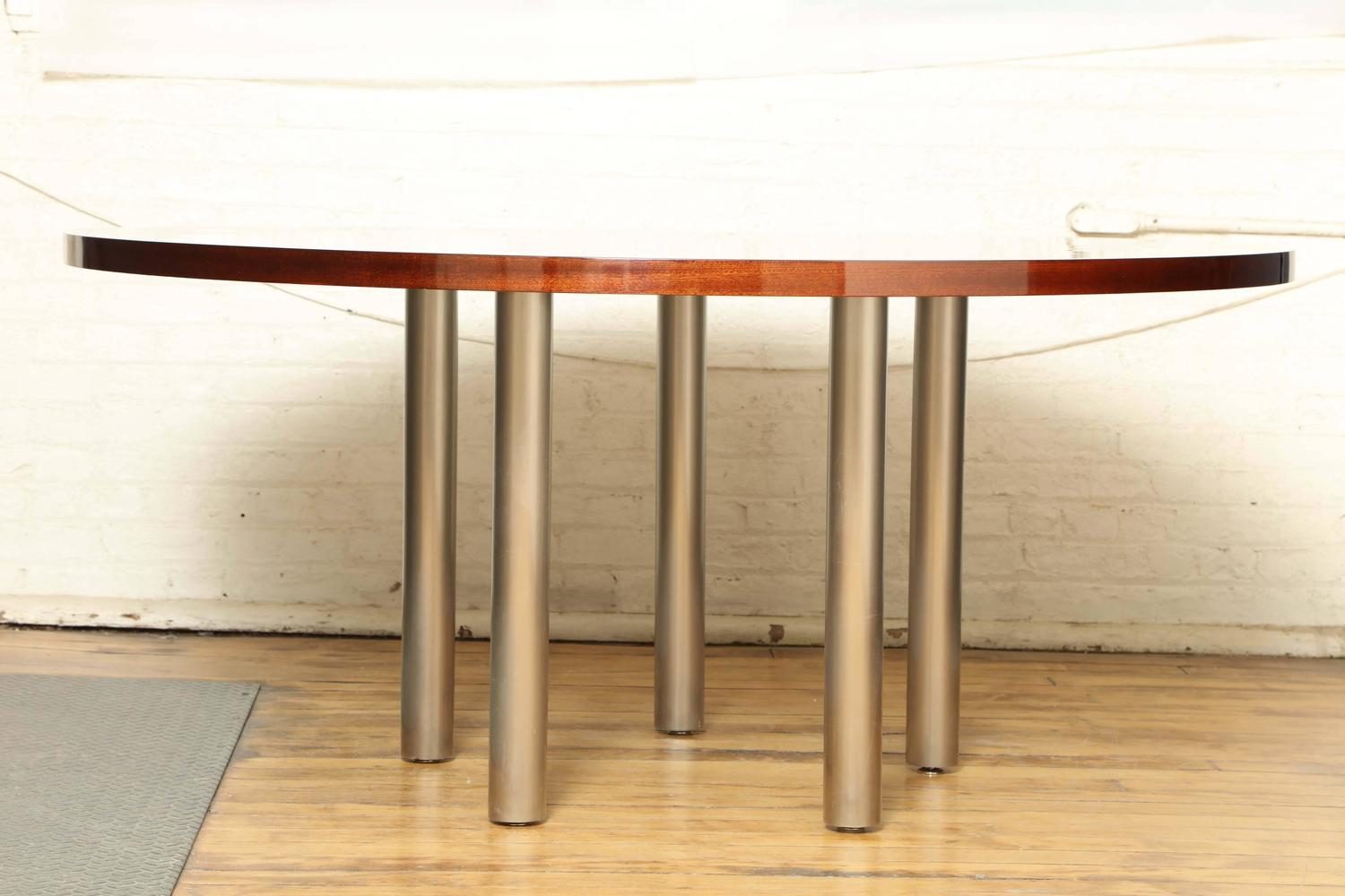 Modern round dining table for sale at 1stdibs for Modern dining tables sale