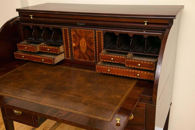 American Baltimore Federal Period Eagle Inlay Mahogany Cylinder Desk For Sale