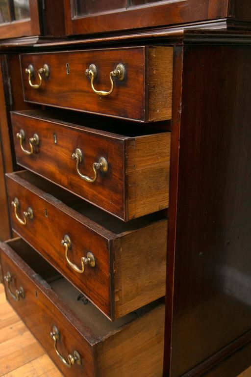 Rare Pair of a George III Mahogany Breakfront Library Bookcases For Sale 1