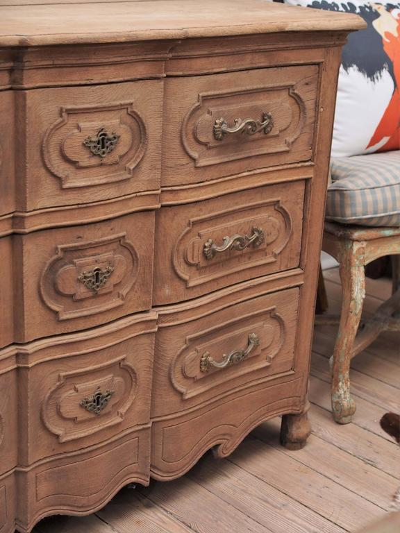 19th Century Provincial Louis XV Style Commode For Sale