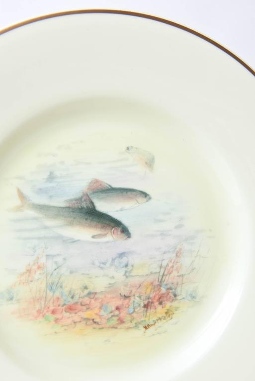 12 Antique English Fish Plates Hand-Painted and Artist Signed, circa 1915 In Good Condition For Sale In West Palm Beach, FL