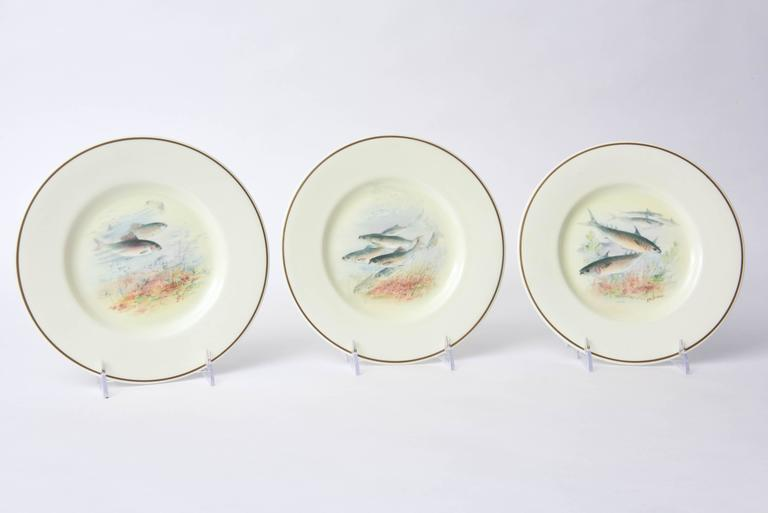 12 Antique English Fish Plates Hand-Painted and Artist Signed, circa 1915 For Sale 4