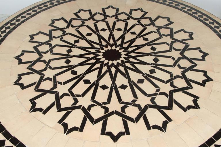 20th Century Moroccan Outdoor Round Mosaic Tile Dining Table on Iron Base 47 in. For Sale