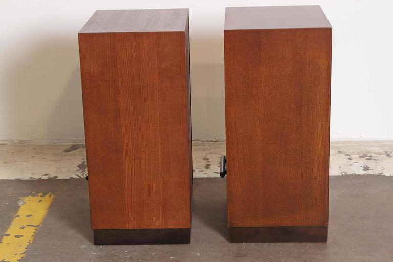 Gilbert Rohde Herman Miller Art Deco 1933 World's Fair Nightstands Matched Pair In Good Condition For Sale In Dallas, TX