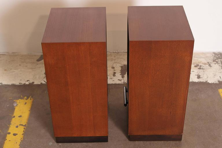 Mid-20th Century Gilbert Rohde Herman Miller Art Deco 1933 World's Fair Nightstands Matched Pair For Sale