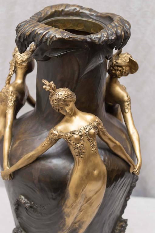 Art Nouveau Gilt and Patinated Bronze Vase, French, Artist Signed Chalon In Excellent Condition For Sale In Petaluma, CA