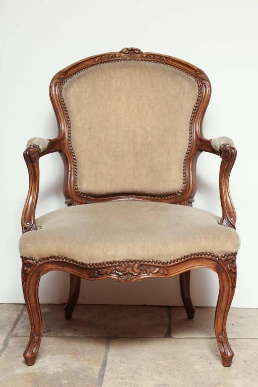 French Pair of Carved Louis XV Fauteuil For Sale
