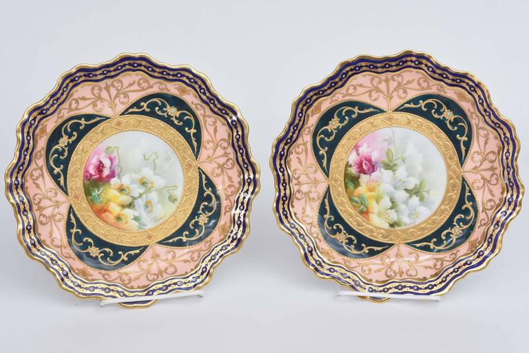24k Gold Exquisite and Elaborate Cabinet or Display Plates Pair, Fine Art Gilt Encrusted For Sale