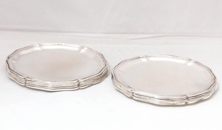 Set of 12 Austrian Continental .800 Silver Bread and Butter/Salad Plates In Excellent Condition For Sale In New York, NY