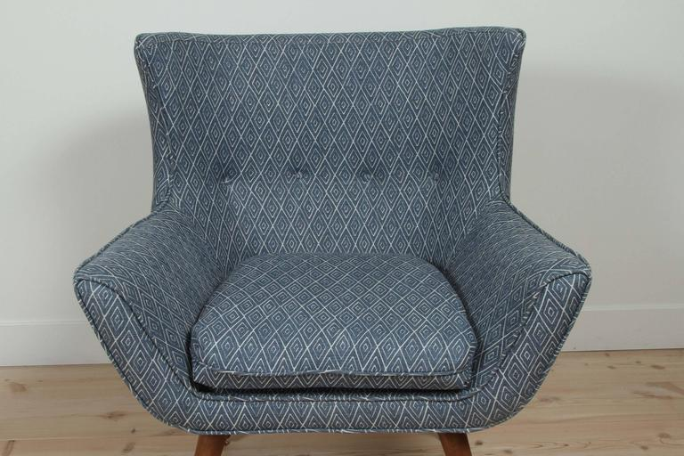 Contemporary Tipton Chair by Lawson-Fenning For Sale