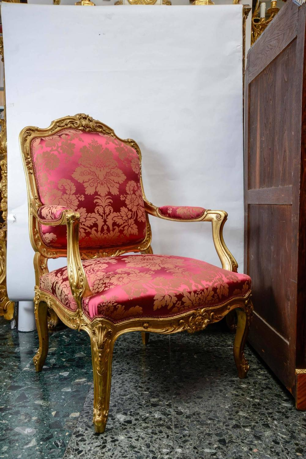 Salon style louis xv five pieces in gilded wood for sale for Salon louis 15
