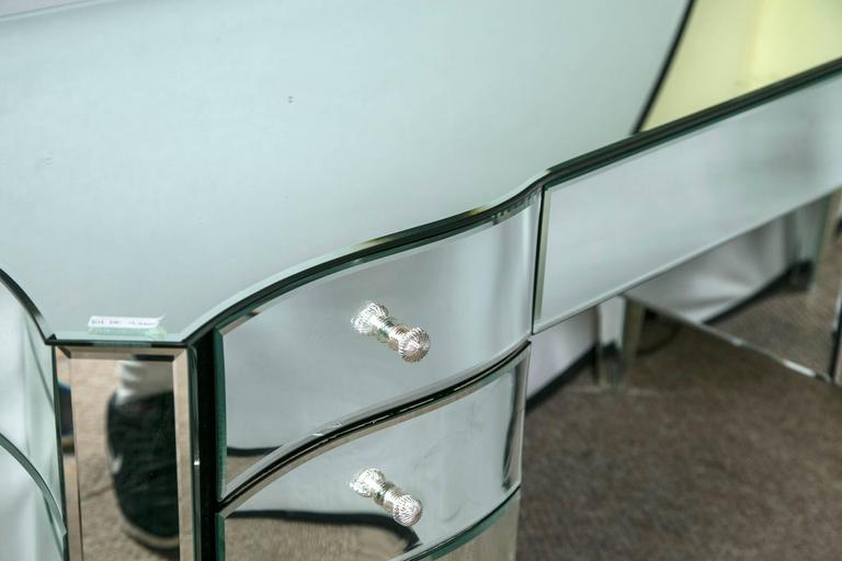 Art Deco Inspired  Beveled Mirrored Vanity Desk Hollywood Regency Style In Good Condition For Sale In Stamford, CT