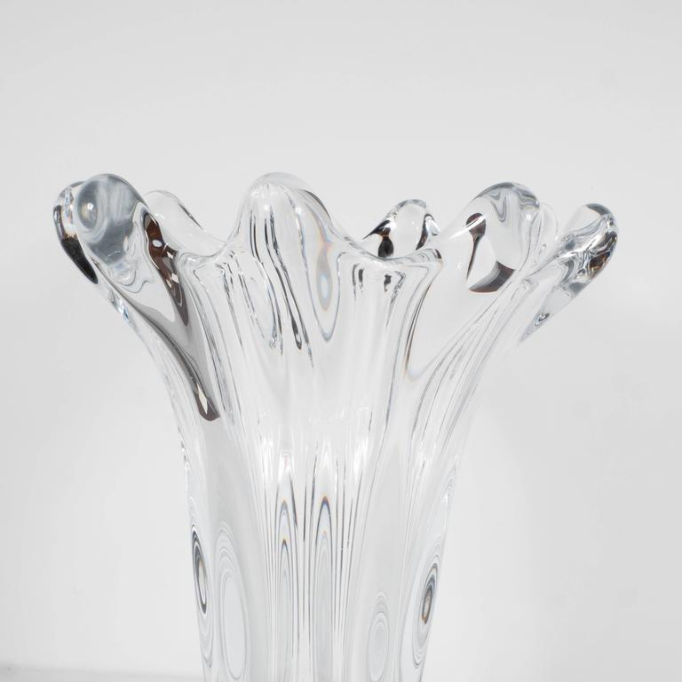 Blown Glass Gorgeous Mid-Century Handblown Crystal Vase by Art Vannes in Floriform Design For Sale
