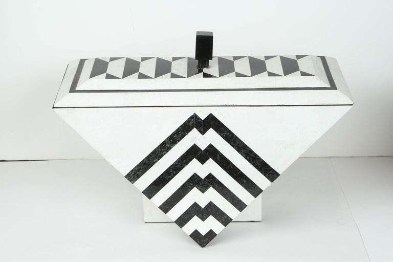 Tesselated Marble Box by Maitland-Smith In Excellent Condition For Sale In Los Angeles, CA