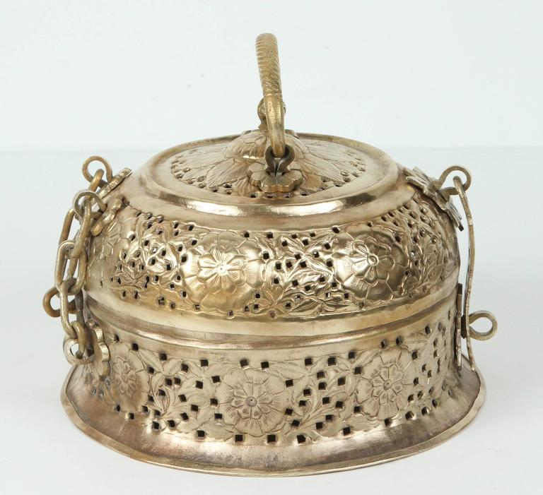 Hammered Anglo-Indian Polished Brass Pierced Box For Sale