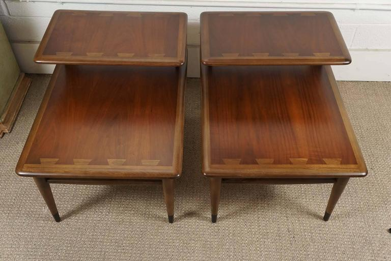 Pair of Lane Two-Tiered End Tables in Walnut In Excellent Condition For Sale In Hudson, NY