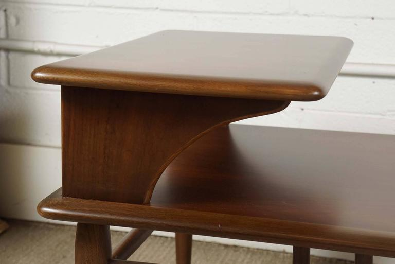 Pair of Lane Two-Tiered End Tables in Walnut For Sale 1