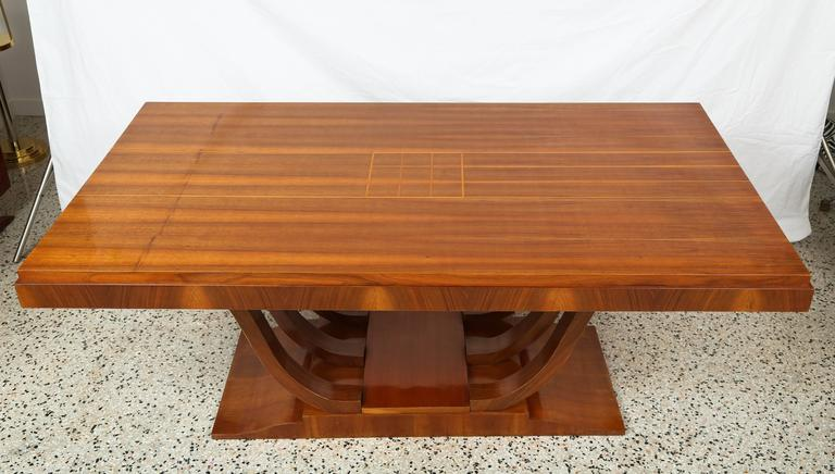 Art Deco Dining Room Table In Good Condition For Sale In West Palm Beach, FL