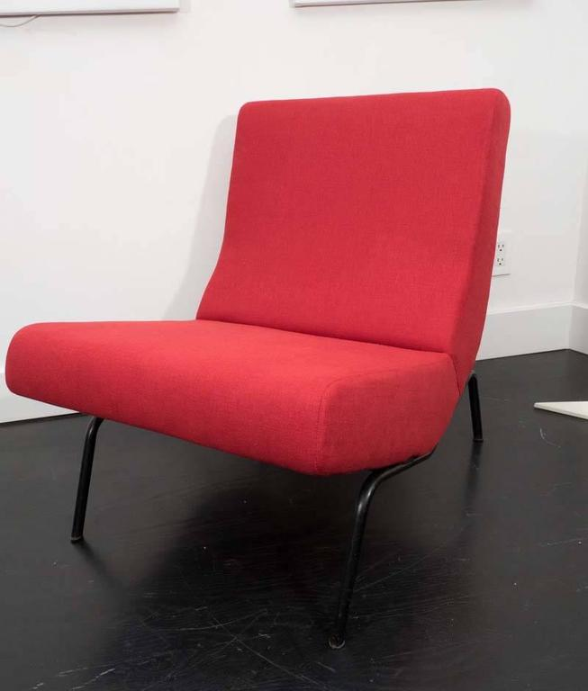 Rare pair of original CM 194 chairs by Pierre Paulin for Thonet, 1950s. Upholstered in red linen, original finish to the base.