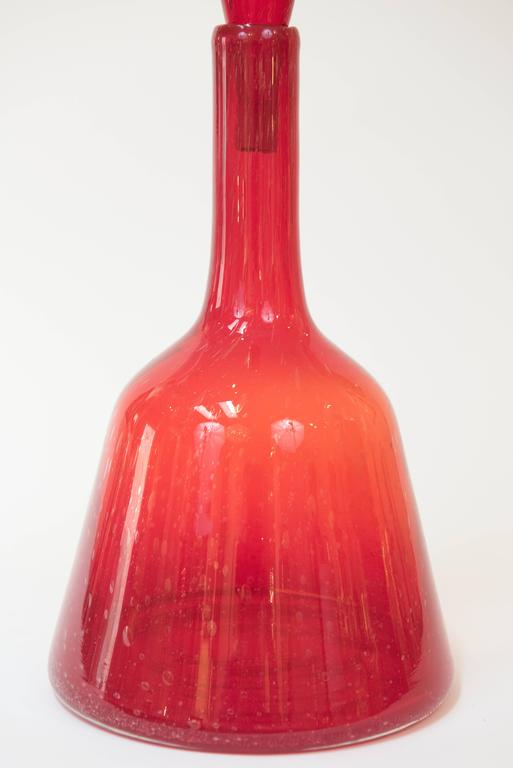 Large Red Blenko Glass Decanter with Stopper, circa 1965 3