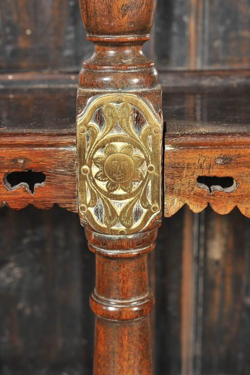 19th Century Ceylonese Padouk Wood Dresser For Sale 1