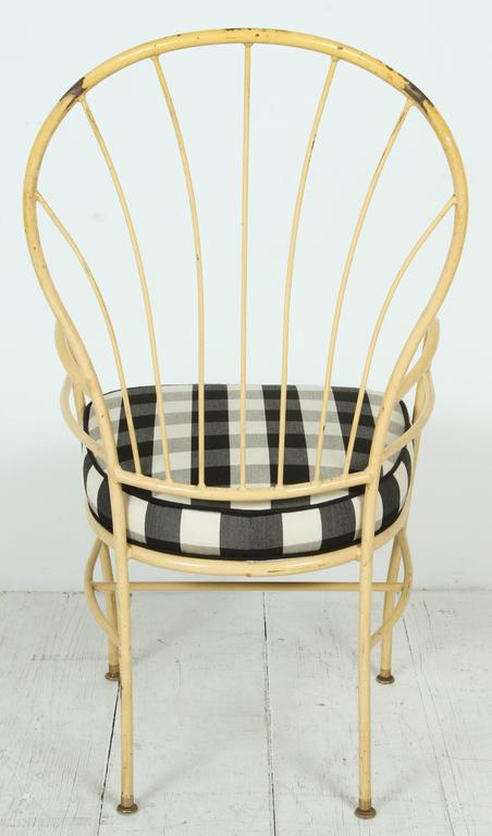 Set of Four Yellow Metal Outdoor Chairs in Black and White Check Fabric In Good Condition For Sale In Los Angeles, CA