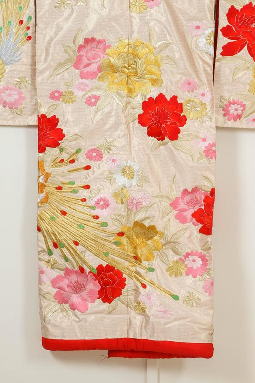Vintage Silk Brocade Japanese Ceremonial Kimono In Excellent Condition For Sale In North Hollywood, CA