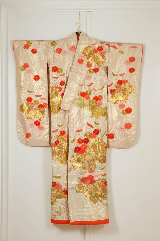 Silk Vintage Brocade Japanese Ceremonial Kimono For Sale