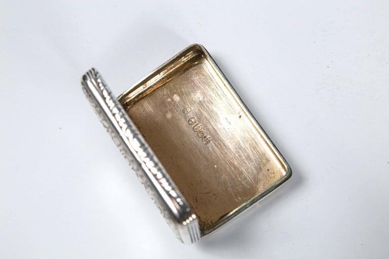 Sterling Silver Snuff Box by Thomas Ellis, circa 1824, English In Good Condition For Sale In Stamford, CT