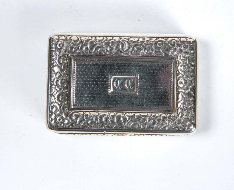 Early 19th Century Sterling Silver Snuff Box by Thomas Ellis, circa 1824, English For Sale