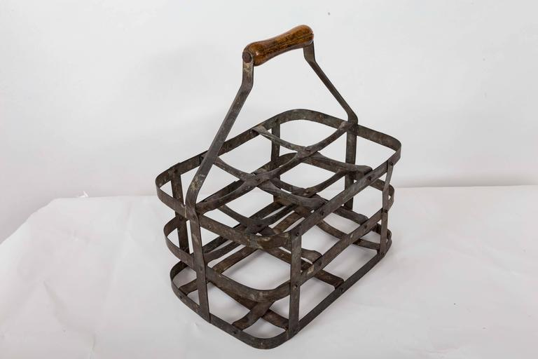Turn-of-the-Century Metal Bottle Carrier, France, circa 1900 For Sale 3