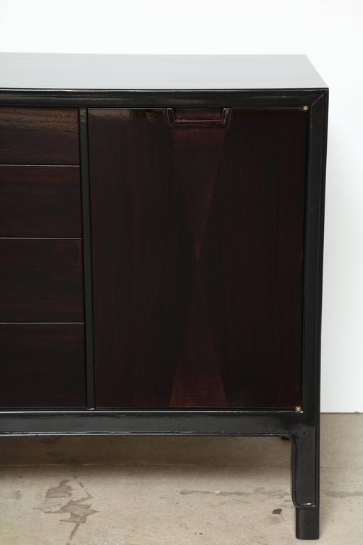 Mid-Century Modern John Stuart/Janus Black Lacquer and Walnut Dresser For Sale