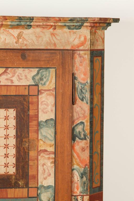Folk Style Hand-Painted Cabinet  3