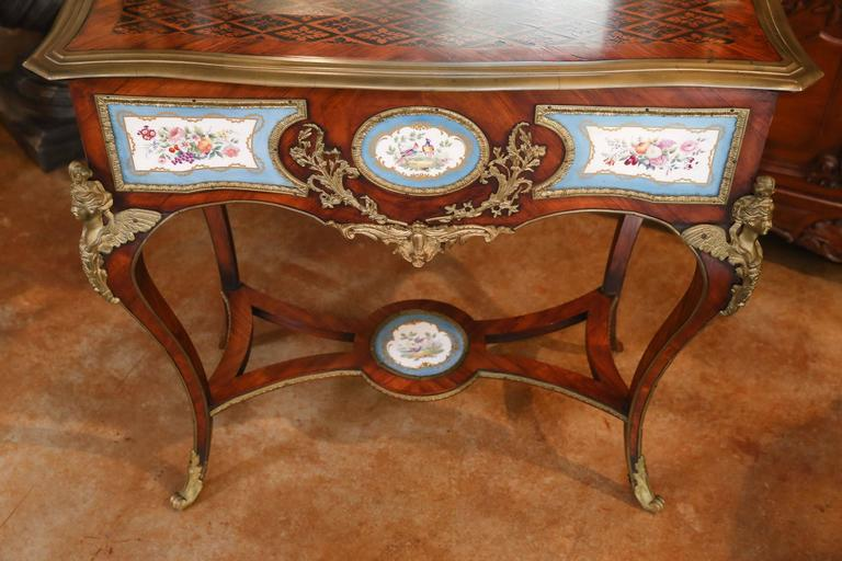 Antique French Louis Xv Vanity Table With Gilt Bronze