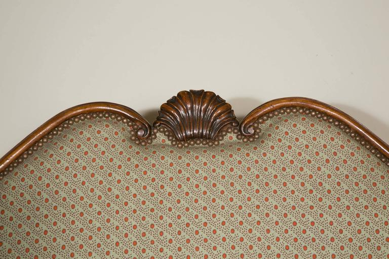French Important Walnut Sofa from the 19th Century in the Style of Louis XV For Sale