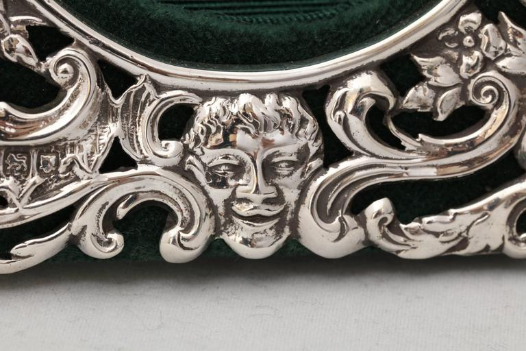 Victorian Sterling Silver William Comyns Picture Frame For Sale 2