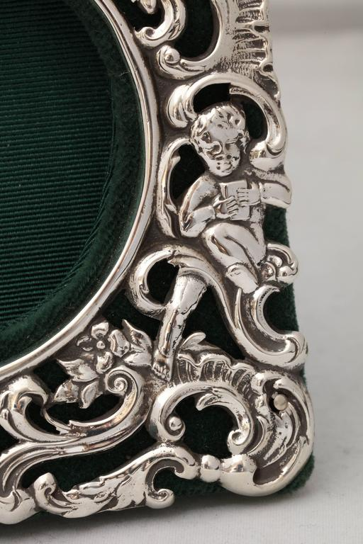 Victorian Sterling Silver William Comyns Picture Frame For Sale 3
