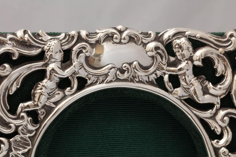 Victorian Sterling Silver William Comyns Picture Frame For Sale 4