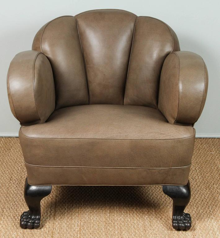 Bon American Antique Bear Claw Chair Leather, Circa 1910 For Sale