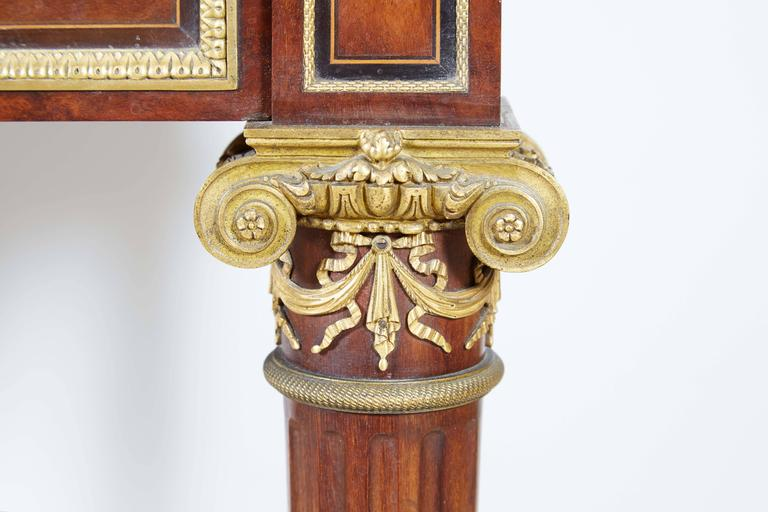 French Ormolu-Mounted Bureau a Cylindre Roll Top Desk Signed H. Fourdinois In Excellent Condition For Sale In New York, NY