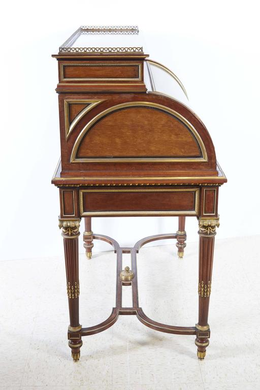Leather French Ormolu-Mounted Bureau a Cylindre Roll Top Desk Signed H. Fourdinois For Sale