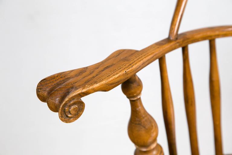Knuckle Arm Windsor Chair 2