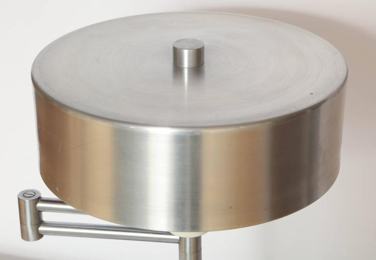 Walter Von Nessen 1930's, American Modern Articulated Table Lamp In Excellent Condition For Sale In New York, NY