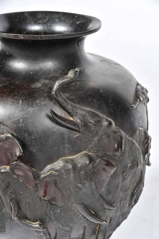 19th Century Meiji Period, Japanese Bronze Jardiniere For Sale