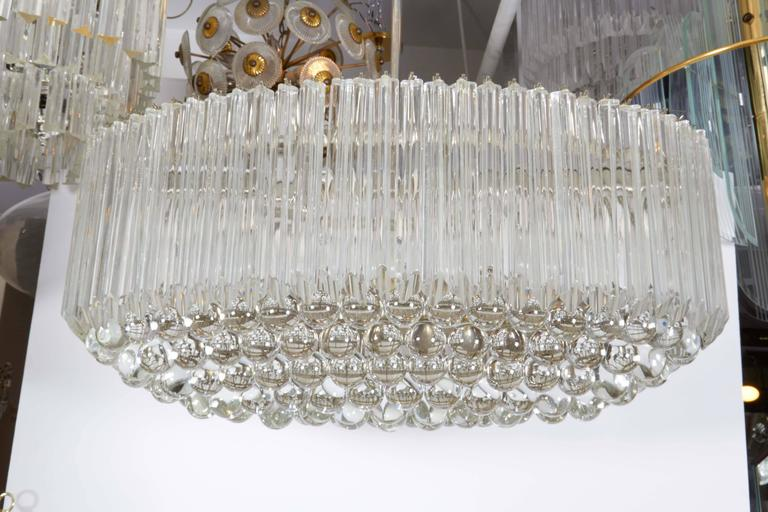 Venini Quatro Punta Prism Oval Chandelier with Crystal Balls In Good Condition For Sale In New York, NY