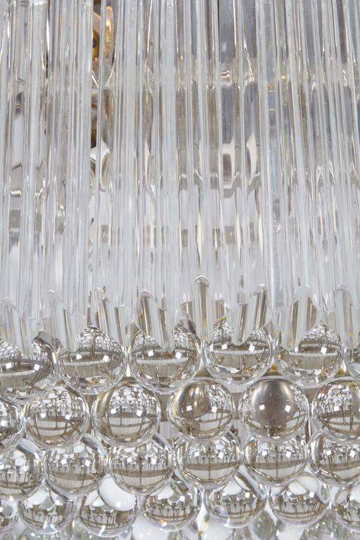 Late 20th Century Venini Quatro Punta Prism Oval Chandelier with Crystal Balls For Sale